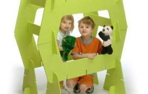 Spaceframe Sculpture Kit. Niños constructores de espacios