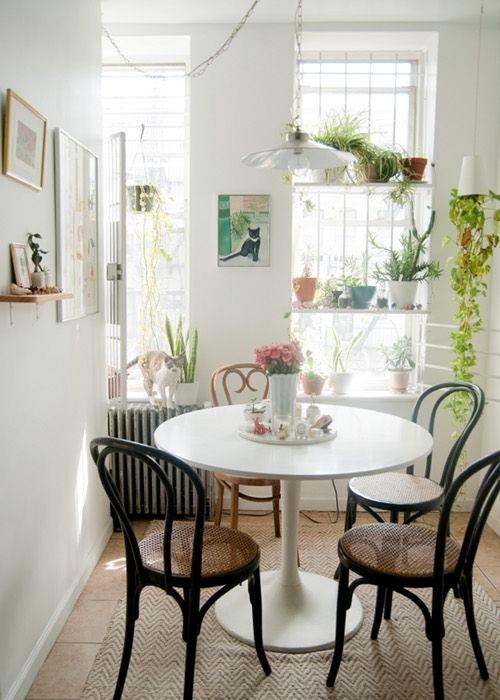 cocinas-comedor-pequenas-mesa-redonda