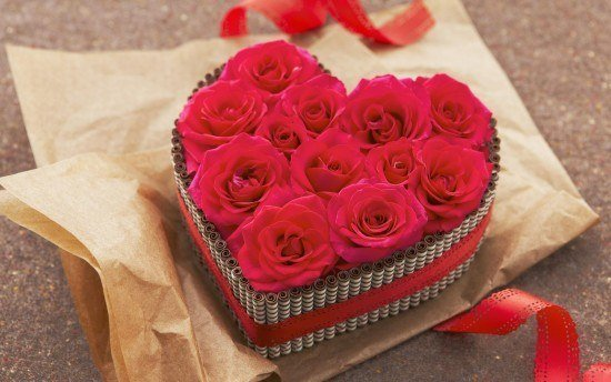 regalos-para-el-dia-de-san-valentin-caja-rosas
