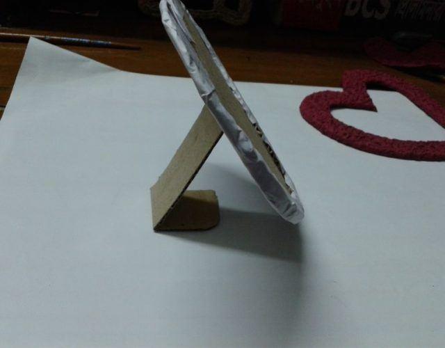 fabrica-un-marco-con-corazones-para-regalar-en-san-valentin-apoyo-marco