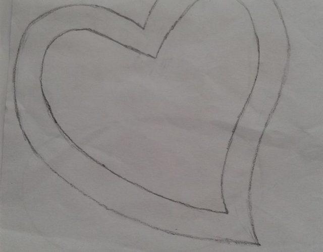 fabrica-un-marco-con-corazones-para-regalar-en-san-valentin-dibujo