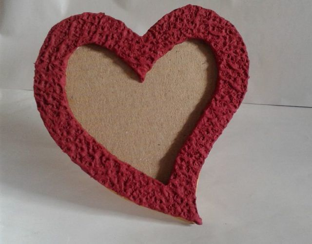 fabrica-un-marco-con-corazones-para-regalar-en-san-valentin-resultado-final