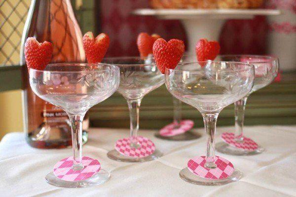 cena-romantica-san-valentin-copas-con-fresas