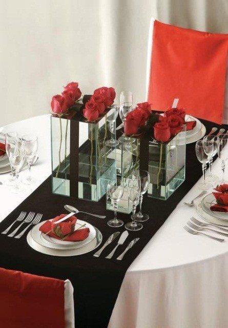 cena-romantica-san-valentin-mesa-decorada-flores
