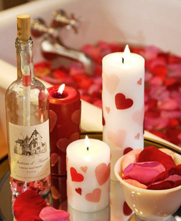 cena-romantica-san-valentin-velas-baño