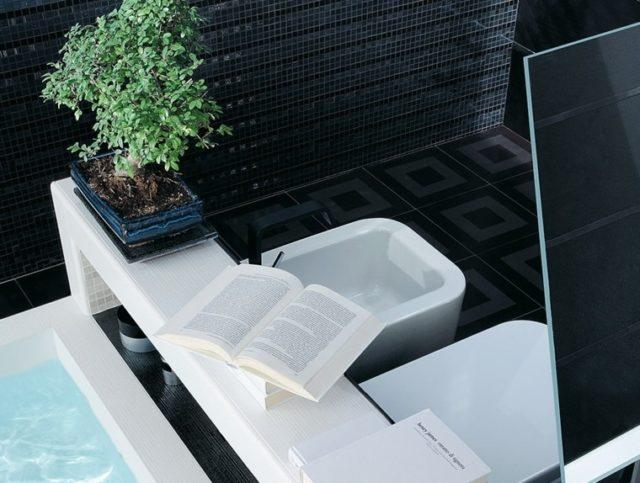 azulejo-de-baño-negro-libro-abierto