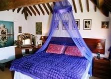 U78_1421o_indian_bedroom