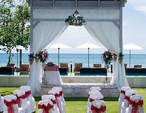 bali-garden-wedding-gazebo