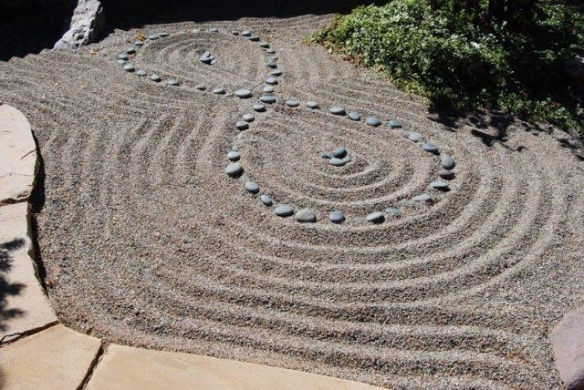 Jardines zen m s de 100 ideas de decoraci n al estilo oriental - Arena para jardin zen ...