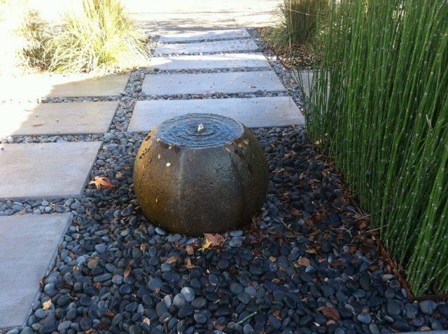 jardines-zen-con-fuentes-redonda