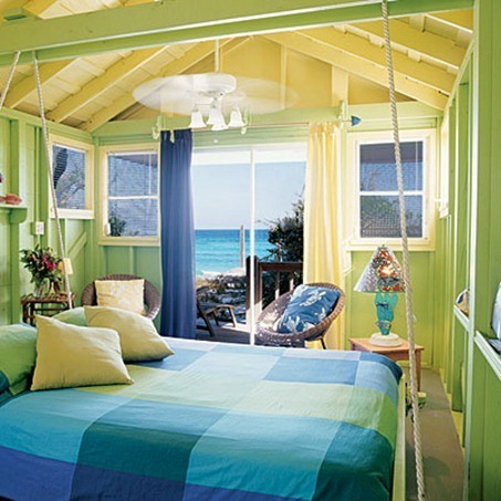 tropical-bedroom-with-beach-atmosphere