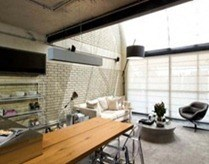 Industrial-Loft-Design-With-Brick-Like-Walls-550x349_thumb[6]