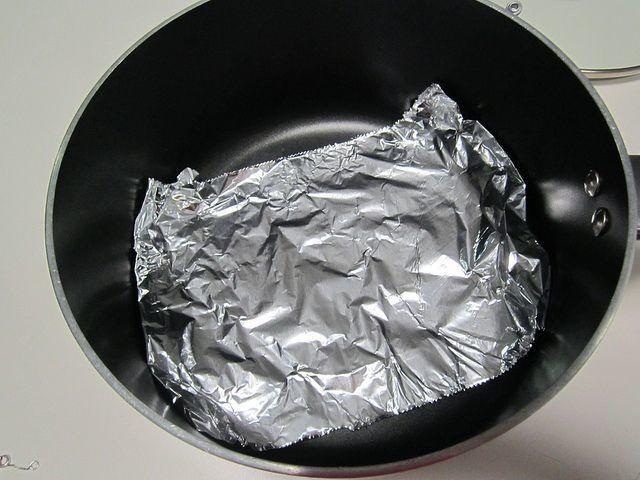 limpiar el oro con papel de aluminio