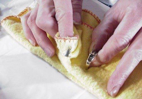 C mo limpiar las joyas de oro en casa - Limpiar oro en casa ...