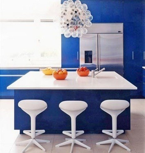 domino-blue-kitchen-ead-living-wall_thumb[5]