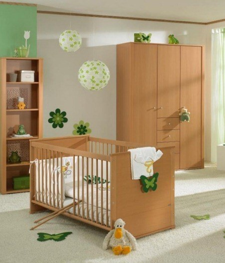 white-and-wood-baby-nursery-furniture-sets-by-Paidi-13_thumb[3]
