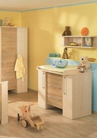 white-and-wood-baby-nursery-furniture-sets-by-Paidi-41_thumb[3]