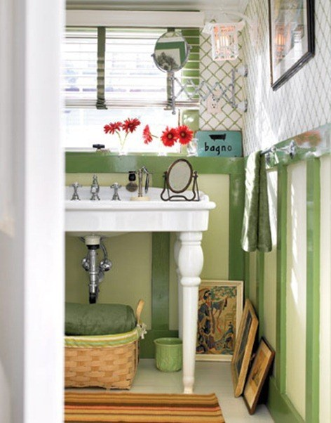 1Faux-Bathroom-Paneling-Greende