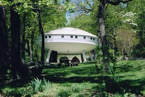 ufo_house