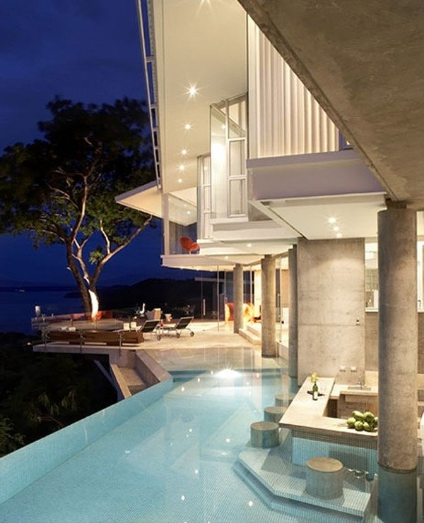Casa de lujo sobre el oceano pacifico for Casa de lujo minimalista y espectacular con piscina por a cero