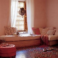 Moroccan window sitting area - pinks