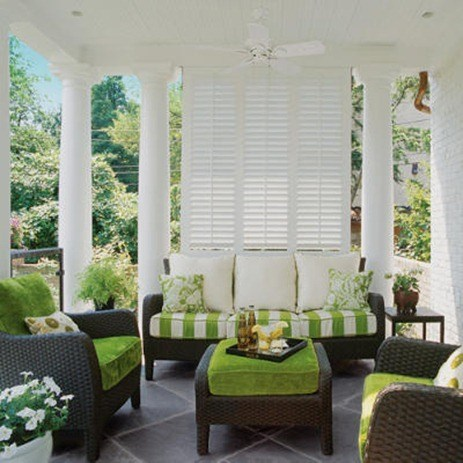 green-white-porch-l