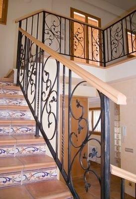 Escaleras rusticas - Construccion escaleras interiores ...