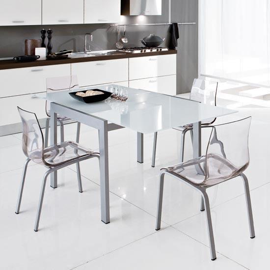 Mesa y sillas de cocina modernas for Precios de mesas de cocina