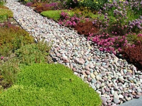 montana-rainbow-cobble-pebble-landscape