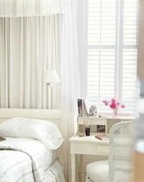 new-orleans-bedside-table-0709-de