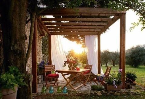 185252_10-pergolas-new-look-pour-jardins-et-terrasses