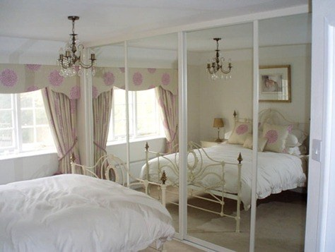 Fitted-Bedroom-Furniture-Sliding-Wardrobe-Doors-Swan-Systems-Mirror_thumb.jpg