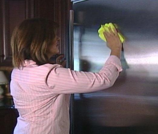 Consejos para limpiar acero inoxidable for Como limpiar manchas de pintura en el piso