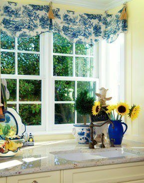 Colorful_Kitchn_Curtains