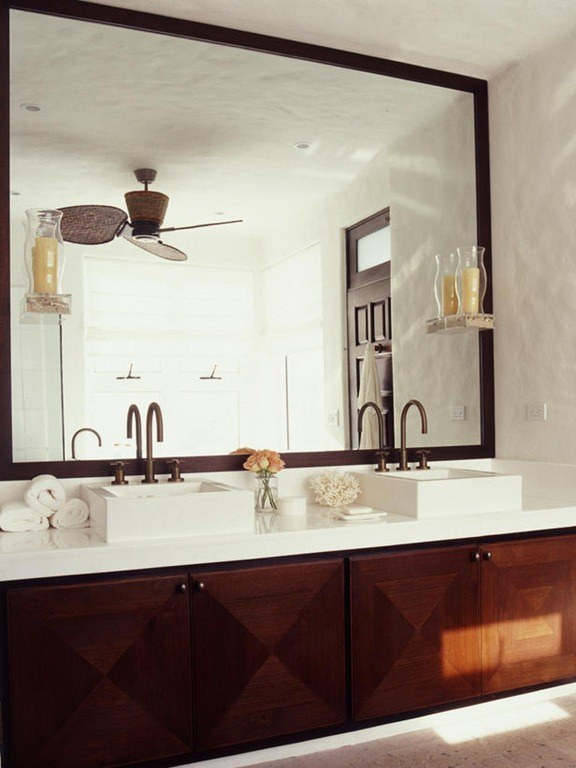 Consejos y trucos para decorar el ba o for Espejos grandes para banos