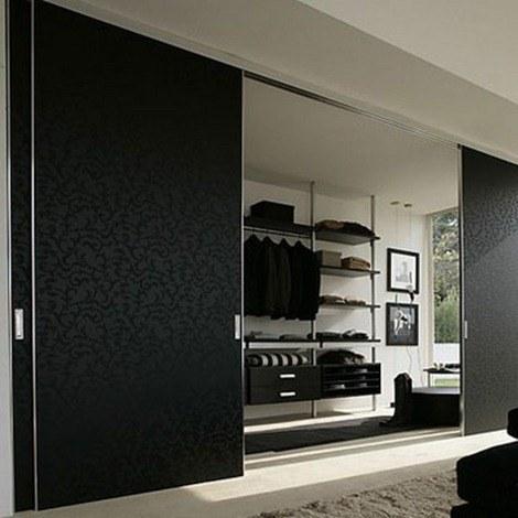 Sliding-Closet-Door-Image