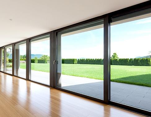Puertas correderas para ahorrar espacio en la casa for Puerta corredera exterior jardin