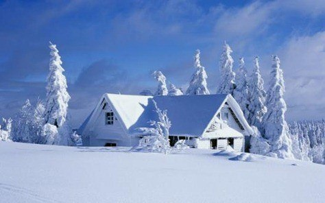 Mountain-cottage-in-winter-wallpaper_4640