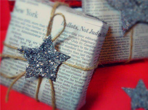 ideas-para-personalizar-los-regalos-de-navidad-2013-envoltorio-periodico
