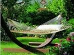 7 elementos baratos para decorar el jardín