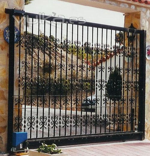 Puertas de hierro forjado 189x300 puerta de hierro forjado - Rejas de hierro forjado ...