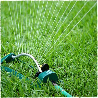 Sistemas de riego para jardines for Sistema riego jardin vertical