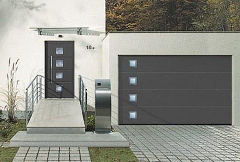 Casas cocinas mueble modelos de puertas metalicas para for Puertas metalicas entrada principal