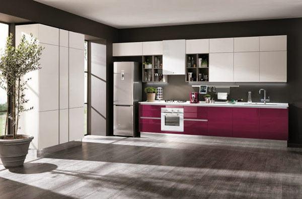Materiales de cocina cocinas lacadas for Cocinas moradas modernas