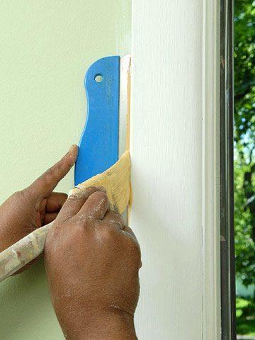 C mo pintar marcos de puertas y ventanas for Como pintar las puertas de blanco