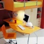 cuarto-juvenil-con-escritorio-y-computadora