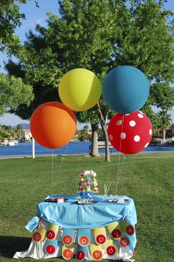 Table-balloons