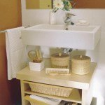 storage-ideas-in-small-bathroom-29-500x500