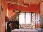attic-bedroom-designs-14