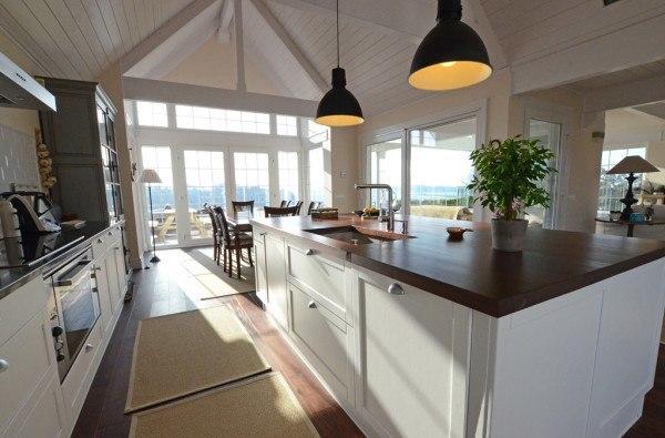 casa-madera-cocina